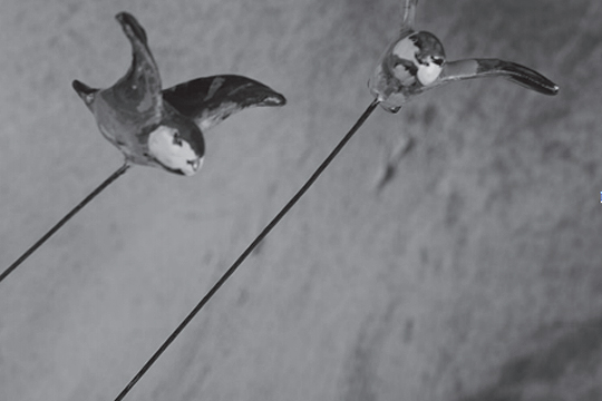 """""""More Than Dis(Play): Art Toysen unibertsoaren zeharko bidai bat"""""""