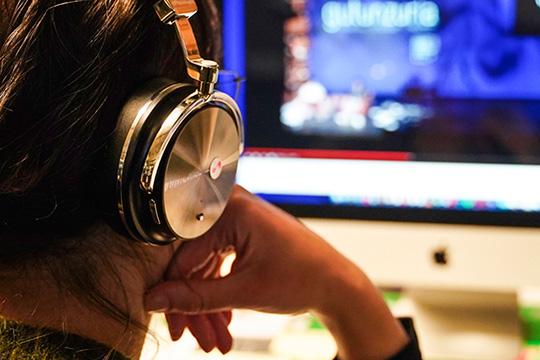 #AzEtxean: consonni radio Az-rekin proiektuaren podcastak